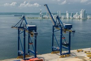Kalmar ship-to-shore (STS) cranes